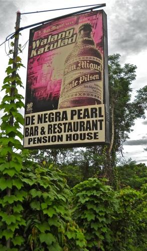 """De Negra Pearl"" Rombaromba"