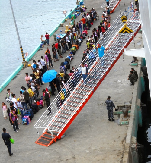 "passengers ""SuperFerry"" Coron"