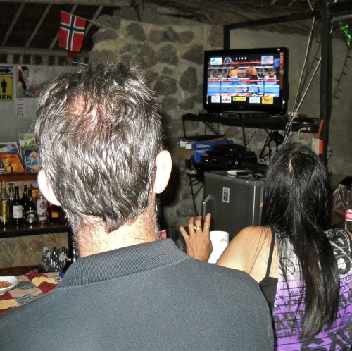 "Bar Television ""Pacquiao-Mosley"""