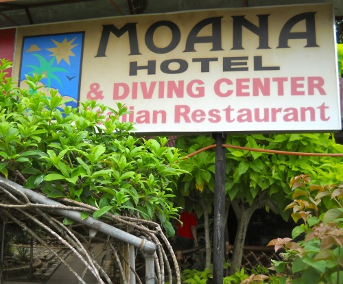 """Moana Dive Center"" ""Retired No Way"""