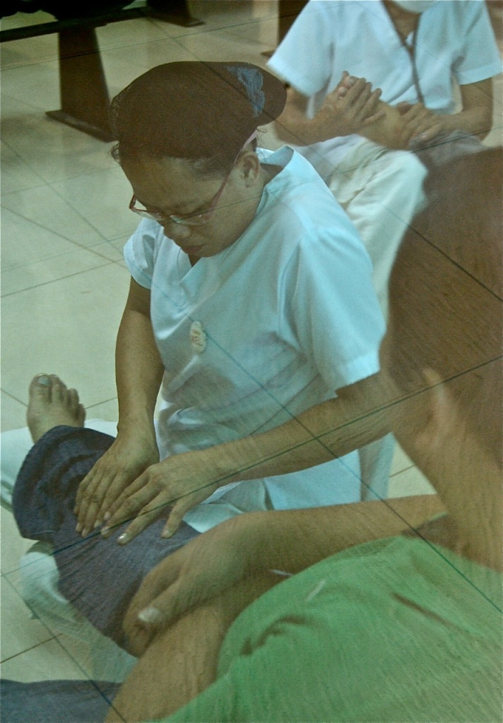"""Massage at Puerto Princesa airport"" retirednoway"