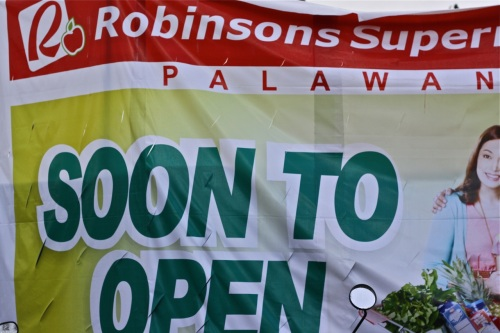 Robinsons Supermarket is the supermarket retailer of the Gokongwei group.